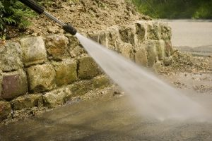 5 Must Have Pressure Washer Accessories